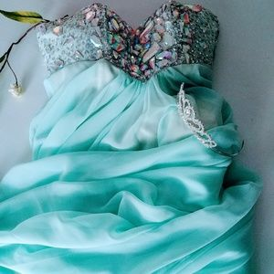 Glamour by Terani Couture